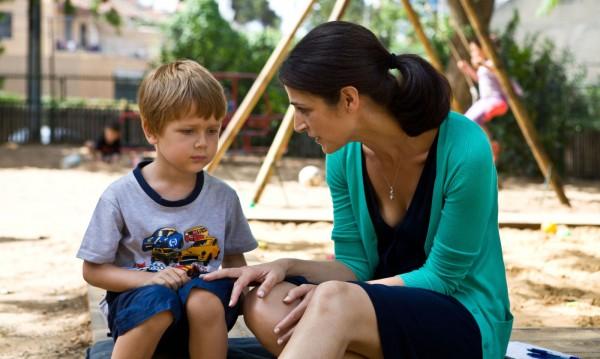 В кои случаи родителите вредят на децата си?