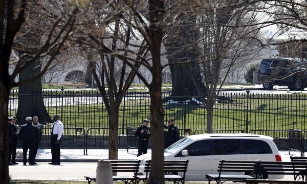 Хванаха мъж, заплашил с бомба Белия дом