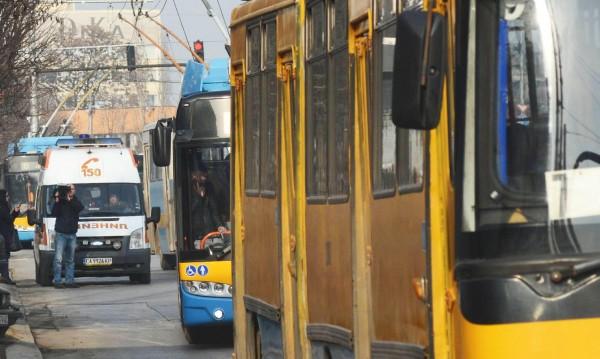 Тролейбус № 9 временно ще бъде с промемен маршрут