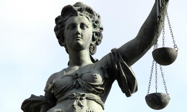 Пред съда: Баща, убил новородената си дъщеря