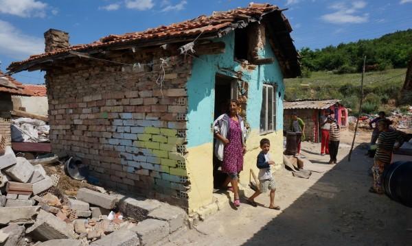 Има ли надежда за по-добър живот за ромите в България?