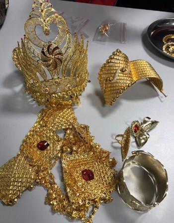"""Корона и злато за 50 бона спипани на """"Капитан Андреево"""""""