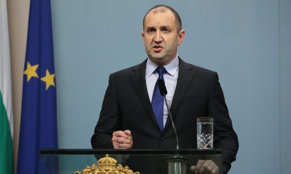 Радев предупреди: Гръмогласни политици да не изострят дебата!