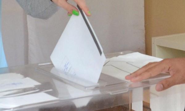Ходжа агитира! Праща избиратели на екскурзия в Одрин