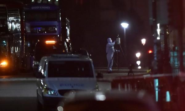 """Експерт: В Лондон се връща """"бумерангът"""" от Близкия изток"""
