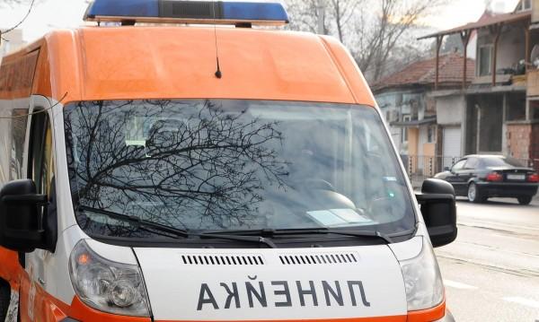 Линейка изостави пациент край София!?