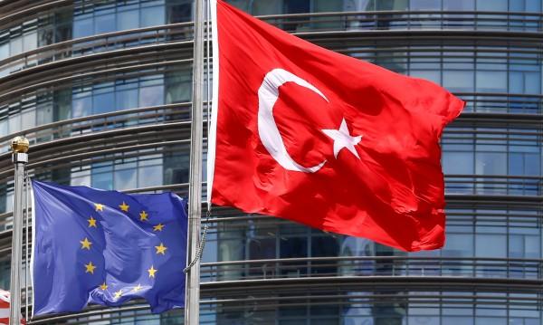 ЕК иска обяснения за изявленията на Ердоган