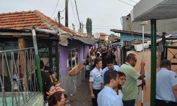 Емисари преметнаха роми, че ще взимат по 500 лв. помощи