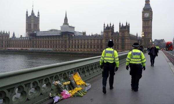 Арестуваха още двама заради атаката в Лондон