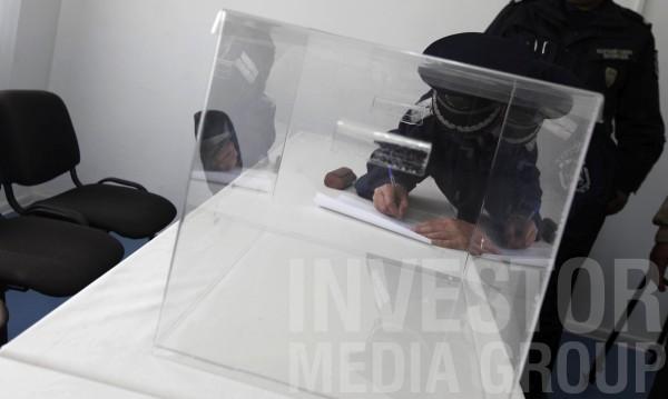 Отварят 24 секции за изборите в арестите и затворите