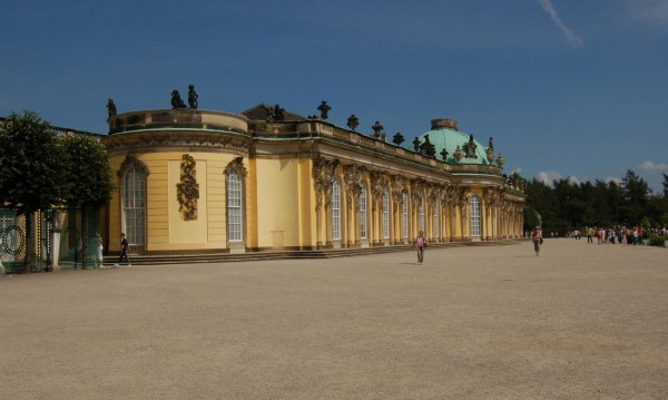 Дворецът Сан-Суси край Потсдам. 12-стаен разкош!