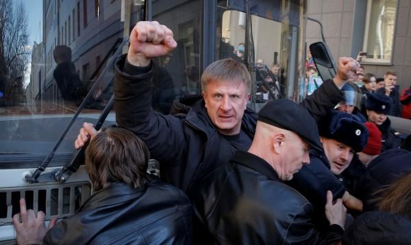 Протест в Москва – Алексей Навални и още 100 руснаци в ареста
