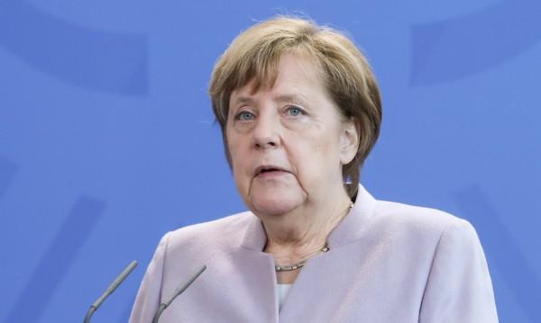 ХДС на Меркел печели вота в провинция Саар