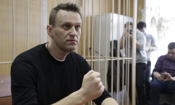 Осъдиха руския опозиционер Навални за организиране на протест