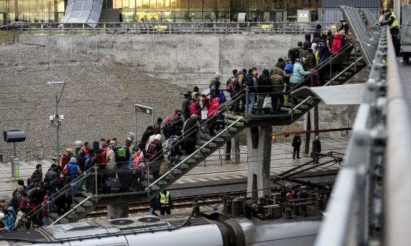 Швеция иска да върне 5000 мигранти на Унгария, но – не!