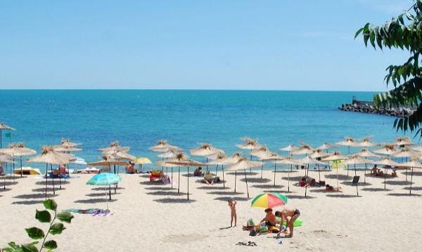 Наплив от руски туристи за летни почивки в България