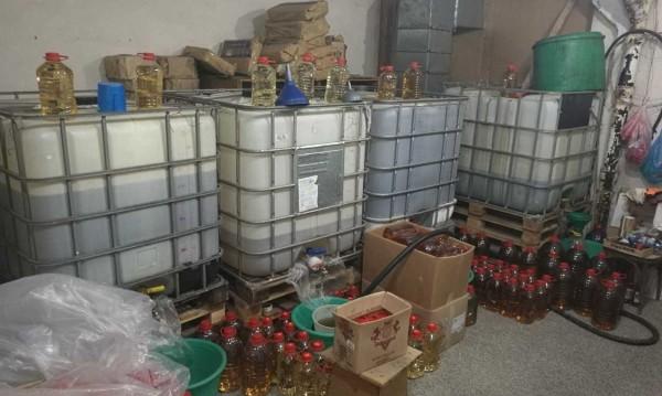 Митничари хванаха 9 т нелегален алкохол в Перущица