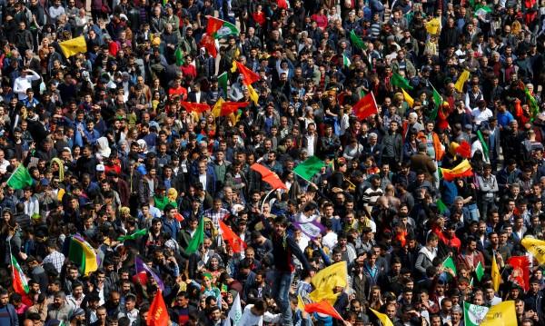 Турция осъди 111 кюрдски опозиционери за тероризъм