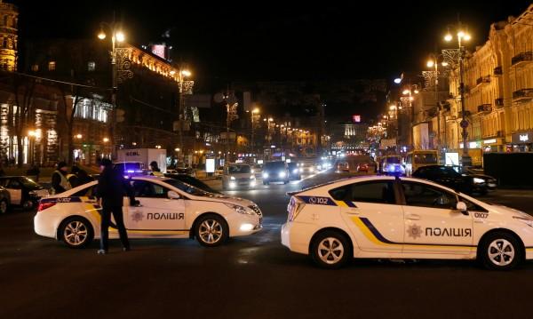 Неизвестни стреляха по полското консулство в украинския град Луцк