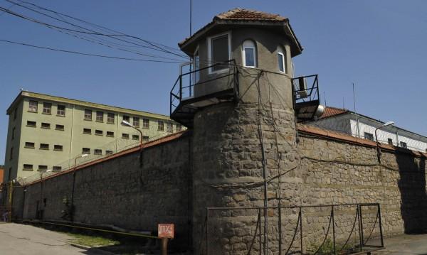 1100 българи с присъди се укриват от властите