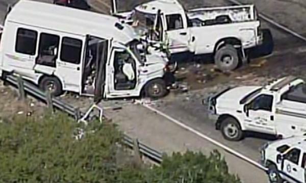 Дванадесет души загинаха при челен удар в Тексас