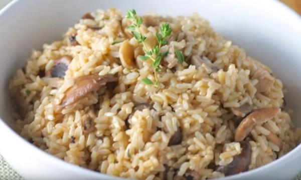 Рецептата Dnes: Задушени гъби с ориз