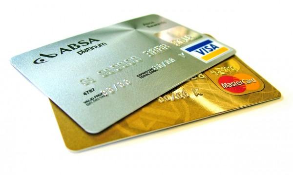 В кои случаи не трябва да използвате кредитната си карта?