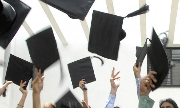 Невалидни дипломи от СУ – не с подпис, а с печат