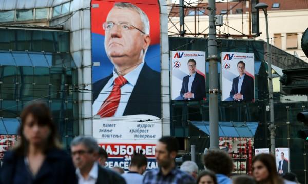 В Сърбия избират президент, фаворит е Александър Вучич