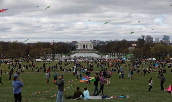 Хиляди хвърчила полетяха в небето над Вашингтон