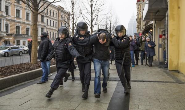 36 арестувани в Москва за неразрешена демонстрация