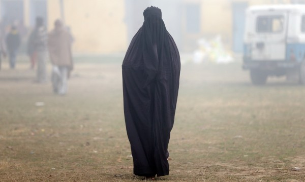 Съпруги, майки... Ролята на жените за разпространението на крайния ислям