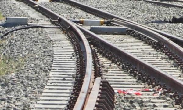 Влакът София-Бургас блъсна кола, шофьорът загина