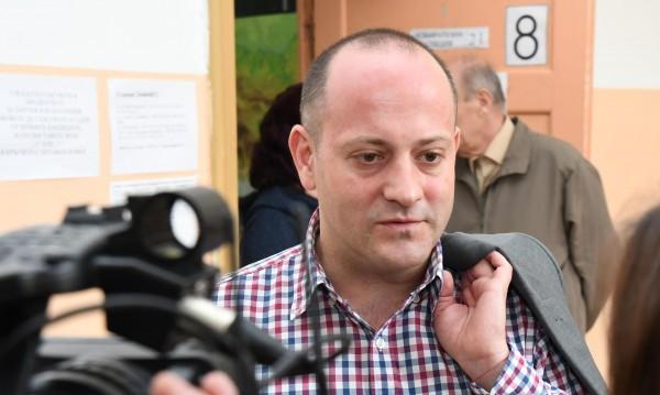 Радан Кънев: Заслужено сме извън НС, не ни съжалявайте!