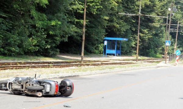 Мотоциклетист претърпя тежък инцидент в Сливен