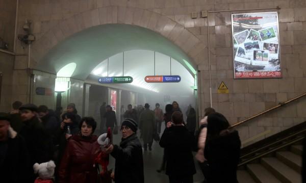 МВнР към българите в Санкт Петербург: Не ползвайте транспорт