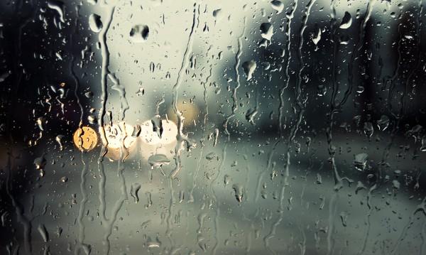 Времето днес: Краткотрайни валежи с гръмотевици