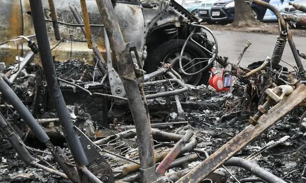 Три коли изгоряха тази нощ в Бургас