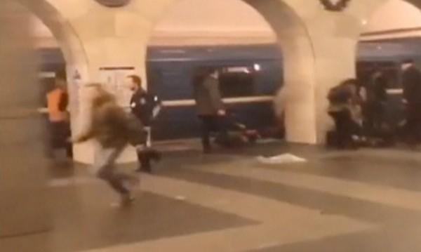 """След взрива: Втвърдяване на законите и """"затягане на гайките"""" в Русия"""