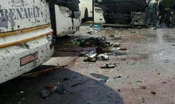 Десетки загинали в Идлиб при въздушни удари с признаци на химическа атака