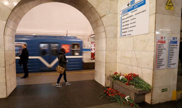Затвориха метростанция в Санкт Петербург заради сигнал за бомба