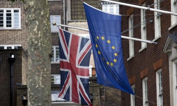 Европарламентът почва Brexit от дебелия край