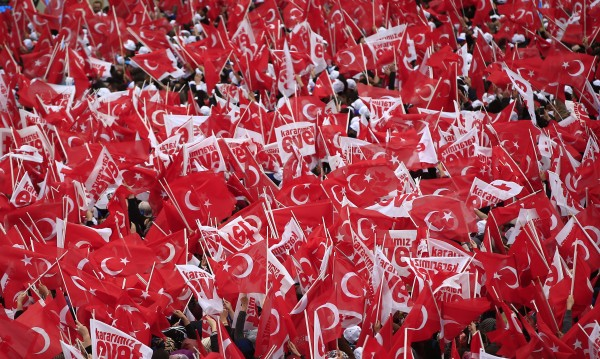 Турският вицепремиер: Няма да прекъснем връзките със Запада!