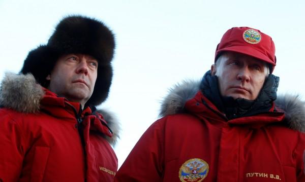 Рейтингът на руското правителство – рекордно нисък