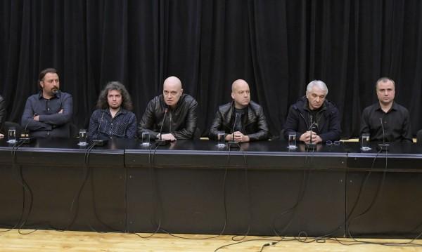Задължителен ли е референдумът на Слави? Казват до 14 дни