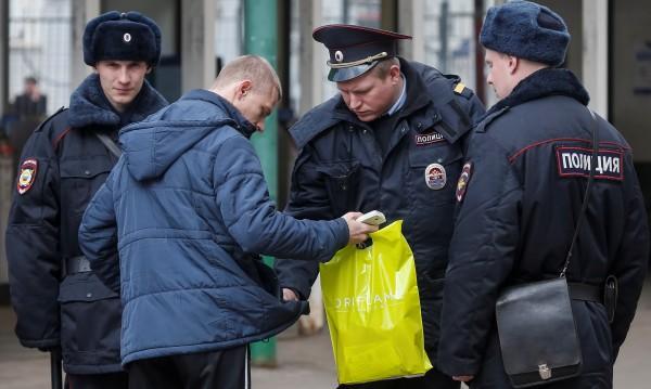 Взривно устройство е обезвредено в жилищна сграда в Санкт Петербург