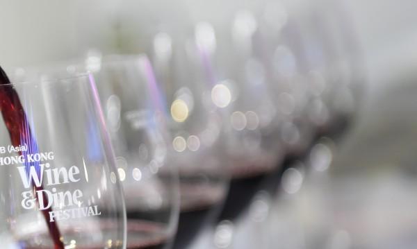 Вместо судоку – чаша мерло или пък совиньон блан