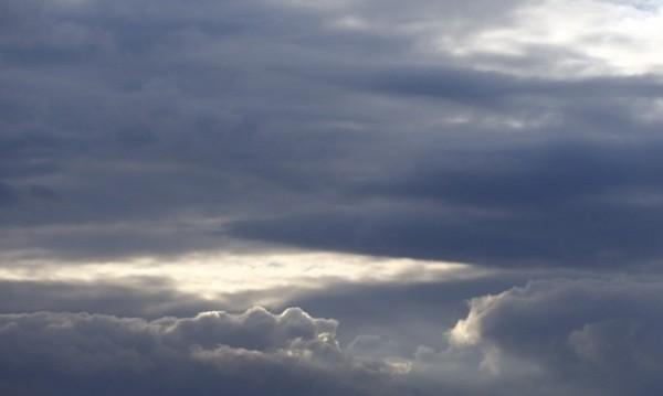 Облачно ще е днес, нахлува студен въздух