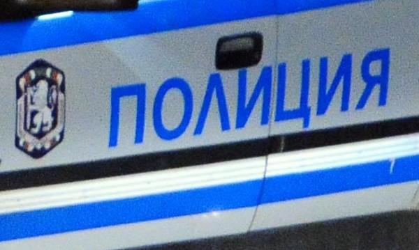 На шофьорка й прилоша, вряза се в спирка в София