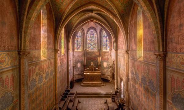 Забележителни изоставени църкви